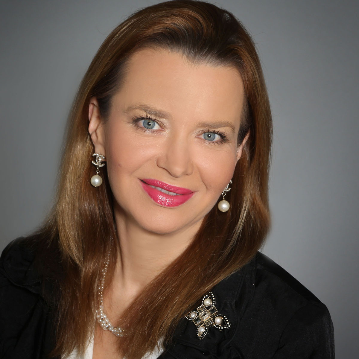 ludmila-golovine-ceo-president-founder-masterword-2017-C-Suite-Award